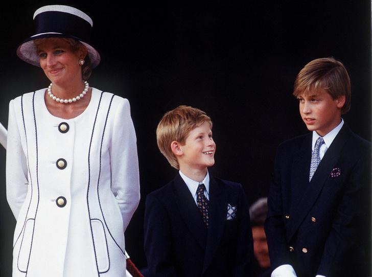 Фото №1 - Как Диана подшутила над принцем Уильямом в его день рождения