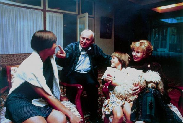 Фото №26 - Женщина с огромным сердцем и нелегкой судьбой: все о Раисе Горбачевой — единственной официальной первой леди СССР