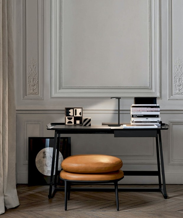 Фото №1 - Настольная лампа Oblique по дизайну Винсента ван Дуйсена