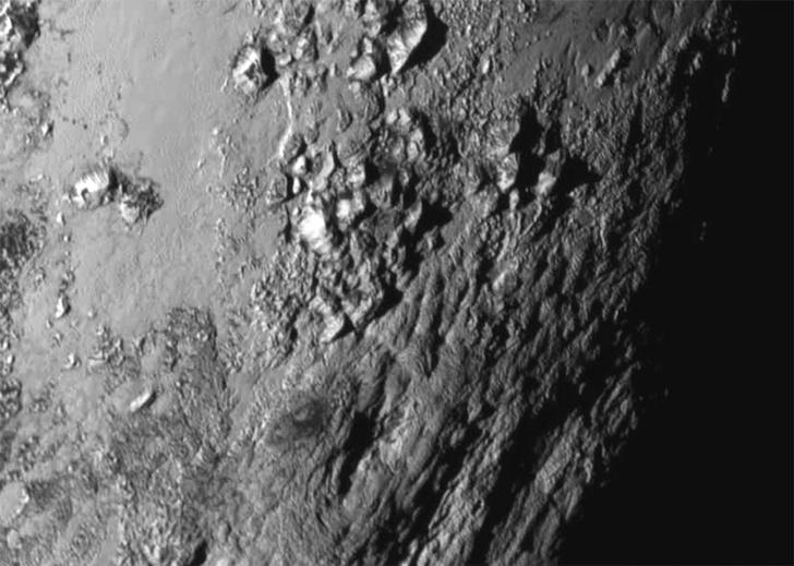 Фото №2 - Открытия New Horizons: ледяная гора на Плутоне и «Мордор» на Хароне