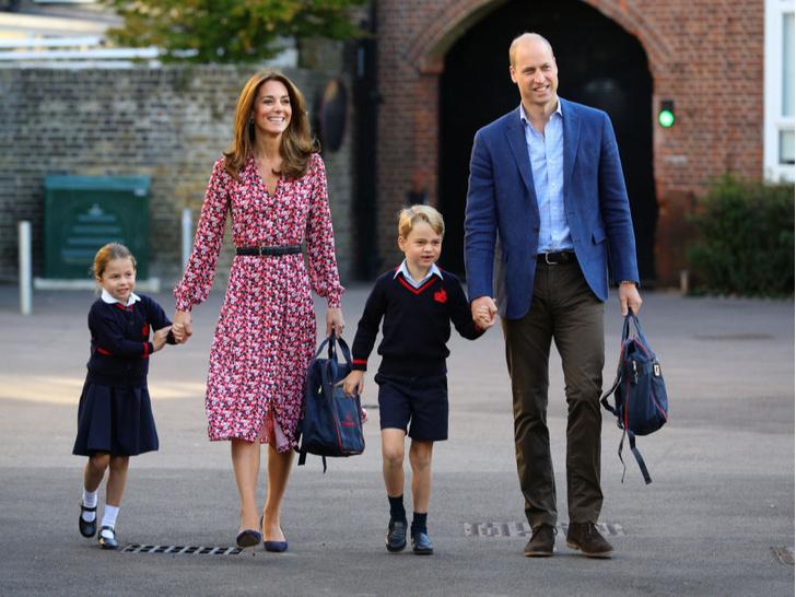 Фото №2 - Королевская традиция, которую нарушила Кейт при рождении принца Джорджа