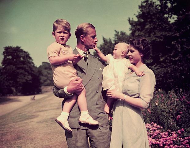 Фото №7 - 16 архивных фотографий в память о принце Филиппе