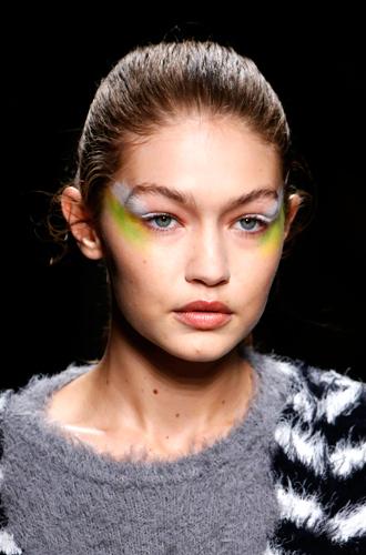 Фото №17 - 10 весенних трендов с Недели моды в Милане