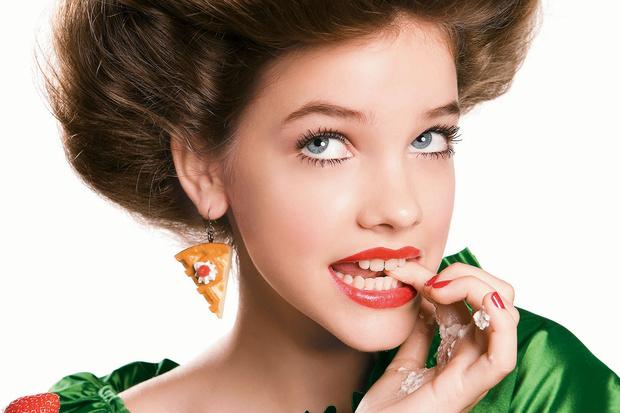 Фото №1 - Новогодний макияж: Яркая помада