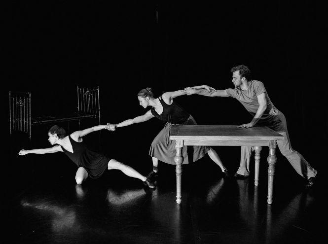 Фото №1 - Премьера балетов: «Превращение» и «Унесенные»