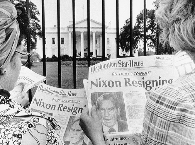 Фото №6 - От Уотергейта до «Бунга-бунга»: 7 самых громких скандалов в мире большой политики
