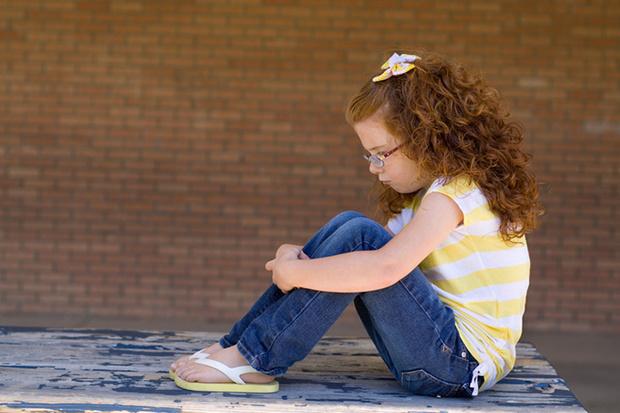 Фото №1 - Аутоагрессия у ребенка, или  «Накажу себя сам!»