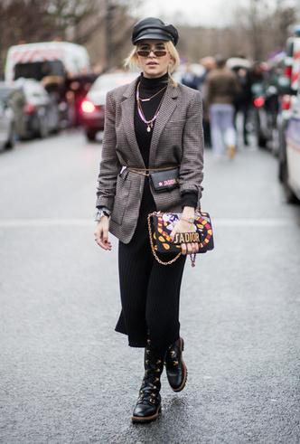 Фото №11 - Резкие и дерзкие: как носить грубые ботинки в разных стилях