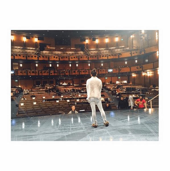 Фото №22 - Звездный Instagram: Знаменитости за работой