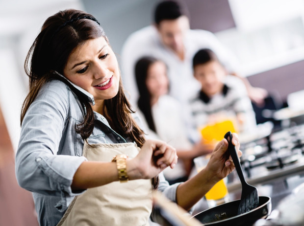 Фото №1 - Только спокойствие: как снизить стресс при помощи питания