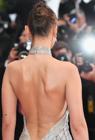Фото №16 - Модные Канны-2018: яркие звездные образы седьмого дня кинофестиваля