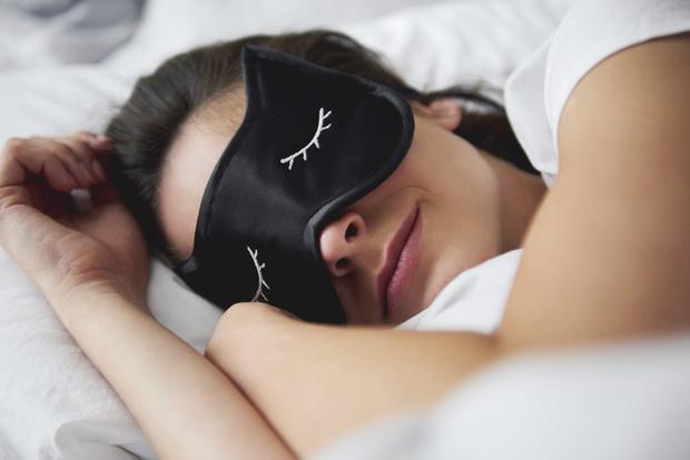 Фото №2 - Почему одному человеку нельзя спать на двух подушках
