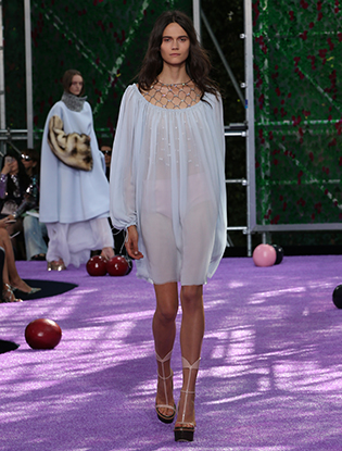 Фото №53 - Неделя Высокой моды в Париже: Dior Couture AW2015/16