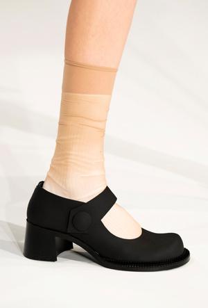 Фото №10 - Туфли в стиле Мэри Джейн: горячий тренд из детства