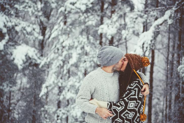 Фото №3 - Романтика, расчет или дружба: типы отношений в браке