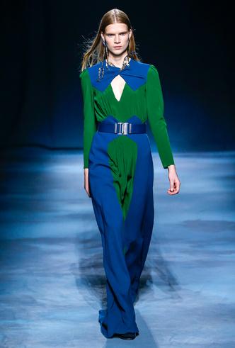 Фото №7 - Фаворит герцогини: что Меган Маркл наденет из новой коллекции Givenchy SS 2019