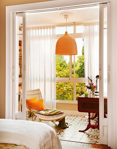 Фото №1 - Инструкция: 5 способов превратить балкон в кабинет