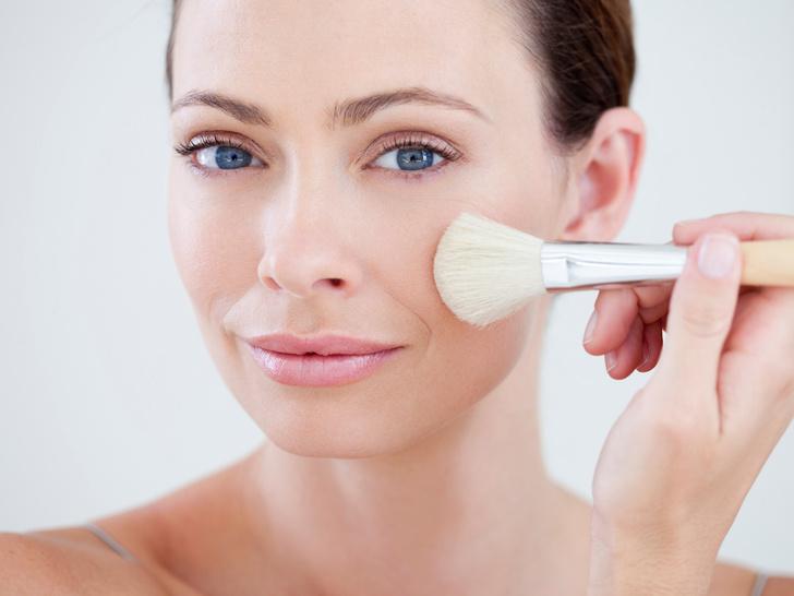 Фото №1 - 7 правил «здорового» макияжа, который не навредит вашей коже