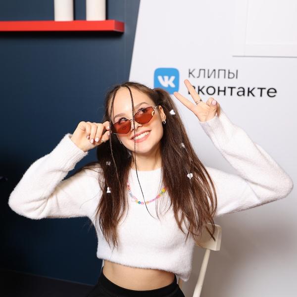 Фото №2 - Клипы ВКонтакте и «Кунцево Плаза» позволят каждому почувствовать себя крутым блогером!