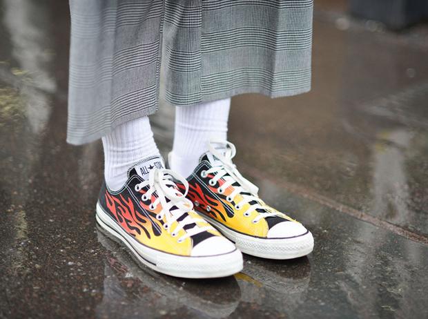 Фото №2 - Converse как холст для творчества: гид по лучшим расцветкам культовой обуви