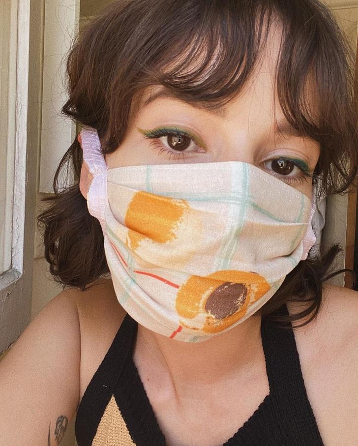 Фото №5 - Посткарантинный тренд: макияж под цвет маски