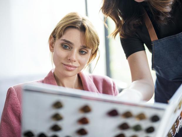 Фото №3 - Как сохранить холодный оттенок блонда: советы колориста