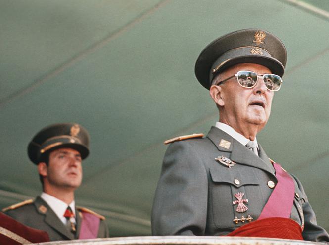 Фото №9 - От героя Испании до изгоя: история взлетов и падений короля Хуана Карлоса I