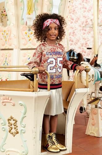 Фото №11 - Золотая карусель: лукбук осенне-зимней детской коллекции Gucci 2016/17