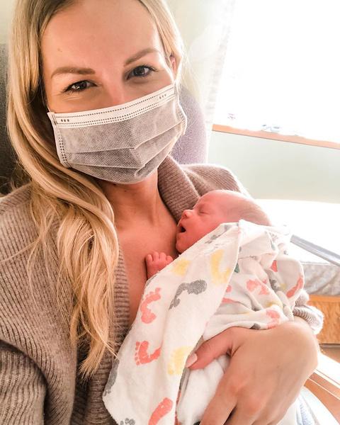 Фото №1 - Беременная с коронавирусом родила, будучи в коме