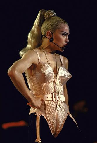 Фото №8 - Икона стиля, феминизма и музыки: как Мадонна стала главным инфлюенсером столетия