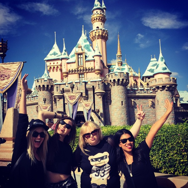 Фото №21 - Звездный Инстаграм: Вселенная Disney