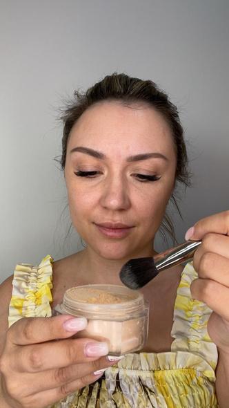 Фото №7 - Как стереть усталость с лица: экспресс-макияждля мамза 15 минут— фото