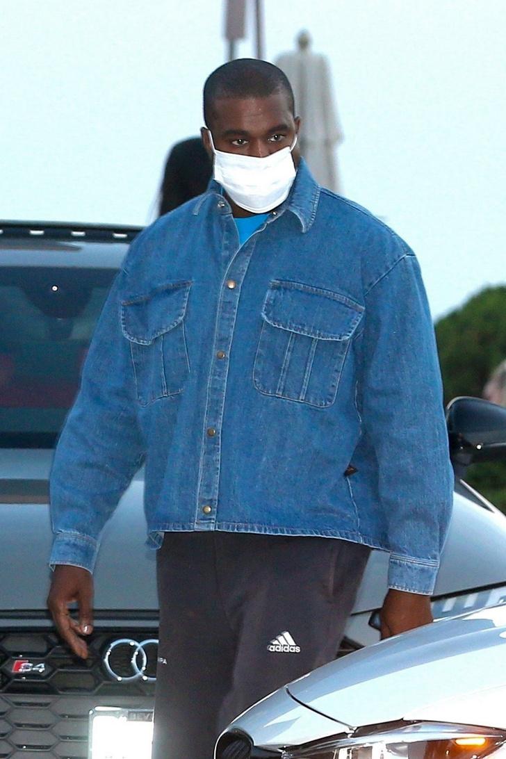 Фото №1 - Классическая джинсовка — вещь вне времени: доказывает Канье Уэст