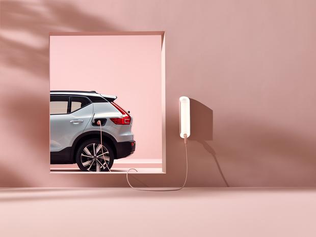 Фото №1 - Экоответственность, максимальный комфорт ибезопасность: что нужно знать об электромобилях нового поколения