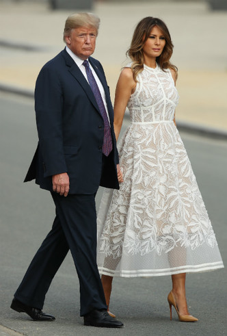 Фото №5 - Как затмить президента: модная инструкция от Мелании Трамп