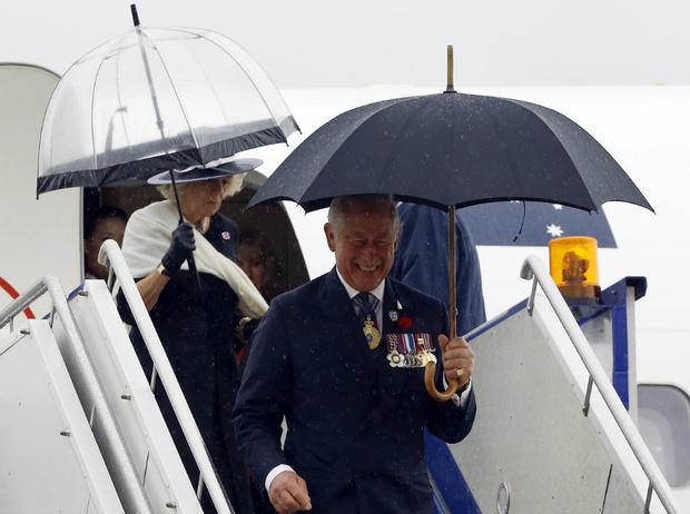 Фото №2 - Почему герцогиня Камилла не любит путешествовать с принцем Чарльзом