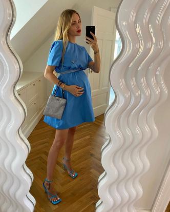 Фото №6 - Как одеваться стильно во время беременности: 9 советов для будущих мам