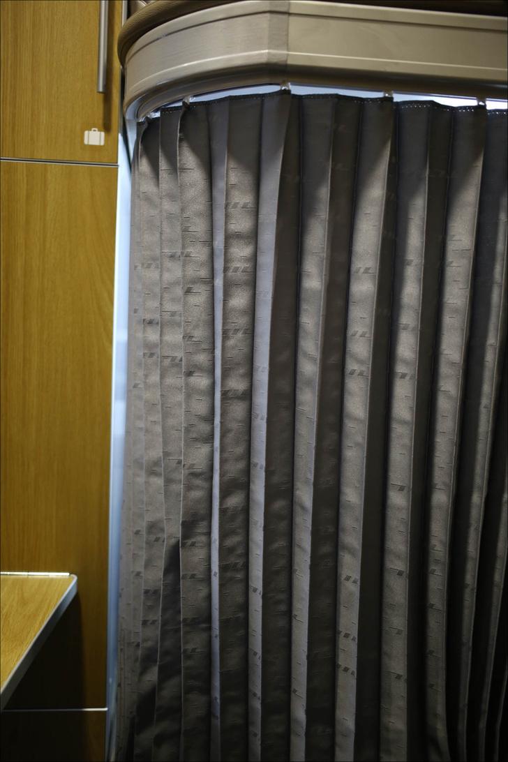 Фото №4 - РЖД показали макет новых плацкартов с отдельным отсеком для каждого пассажира (фото)