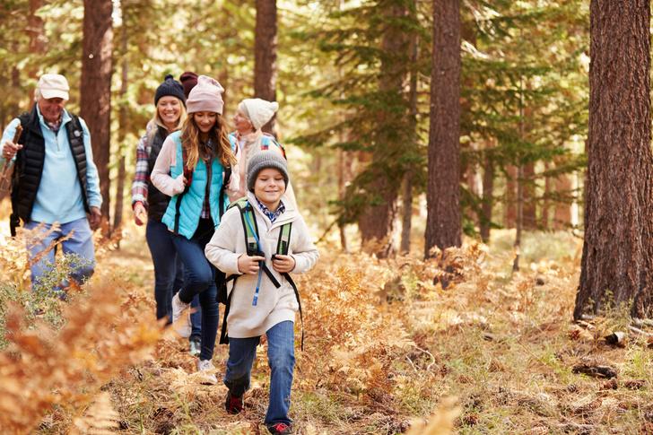 что брать летом на прогулку с ребенком: список