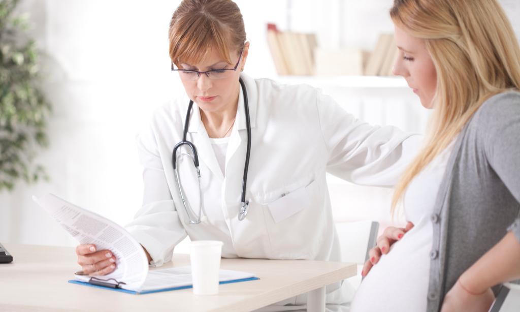 Вопрос гинекологу: что такое «сухие роды»