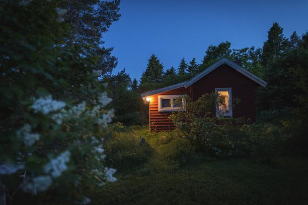 Фото №2 - Может ли на даче поселиться домовой: мнение парапсихолога