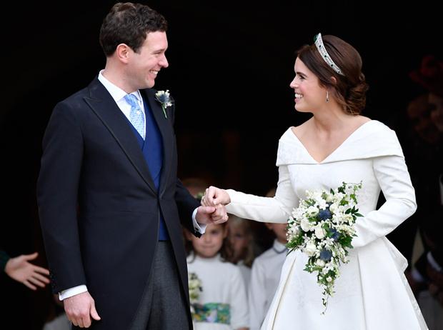 Фото №7 - Почему свадебное платье принцессы Евгении было удачнее, чем у Меган Маркл