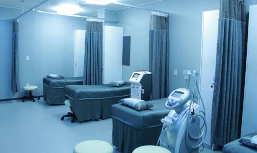 Фото №1 - В Ростовской области 13 пациентов умерли в ковидном госпитале из-за нехватки кислорода. Росздравнадзор проведет проверку