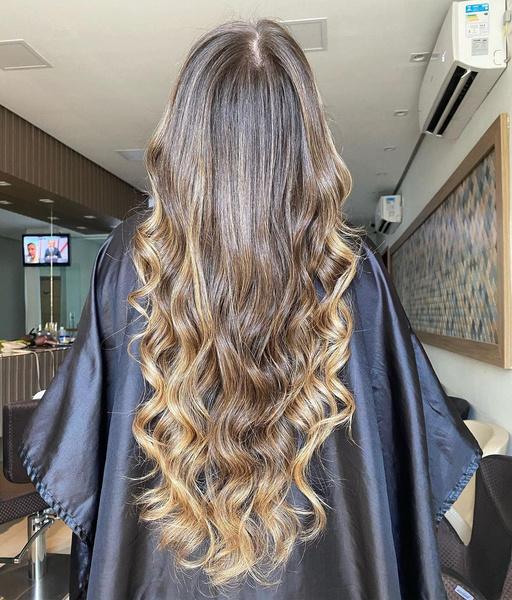 Фото №7 - Солнечные блики в волосах: идеальное летнее окрашивание