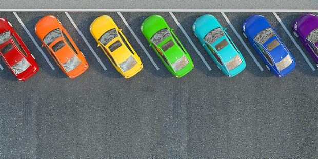 Фото №1 - Оттенки серого— рейтинг самых популярных автомобильных цветов удивил монохромностью