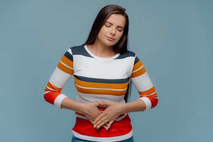 Фото №1 - Гастроэнтеролог Пургина рассказала, чем опасна тяжесть в желудке