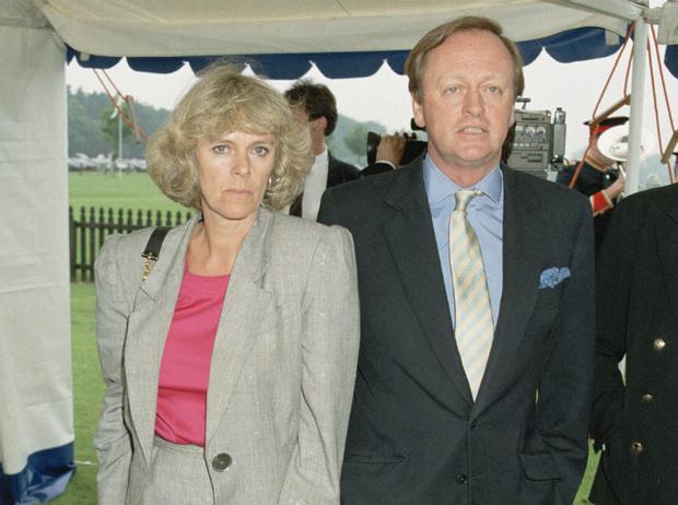 Фото №1 - Высокие отношения: как муж Камиллы отреагировал на измену жены с принцем Чарльзом