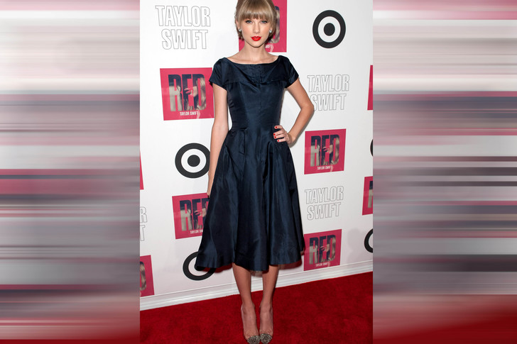 "Тейлор Свифт на вечеринке в честь релиза Target ""Red"" Deluxe Edition, 2012 год"