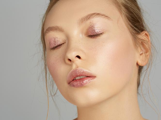 Фото №24 - 5 способов использовать блестки в макияже (плюс мастер-класс от визажиста студии Елены Крыгиной)