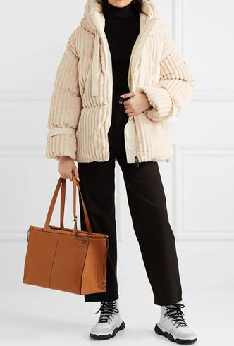 Фото №9 - Модно и тепло: где искать стильные кроссовки для зимы